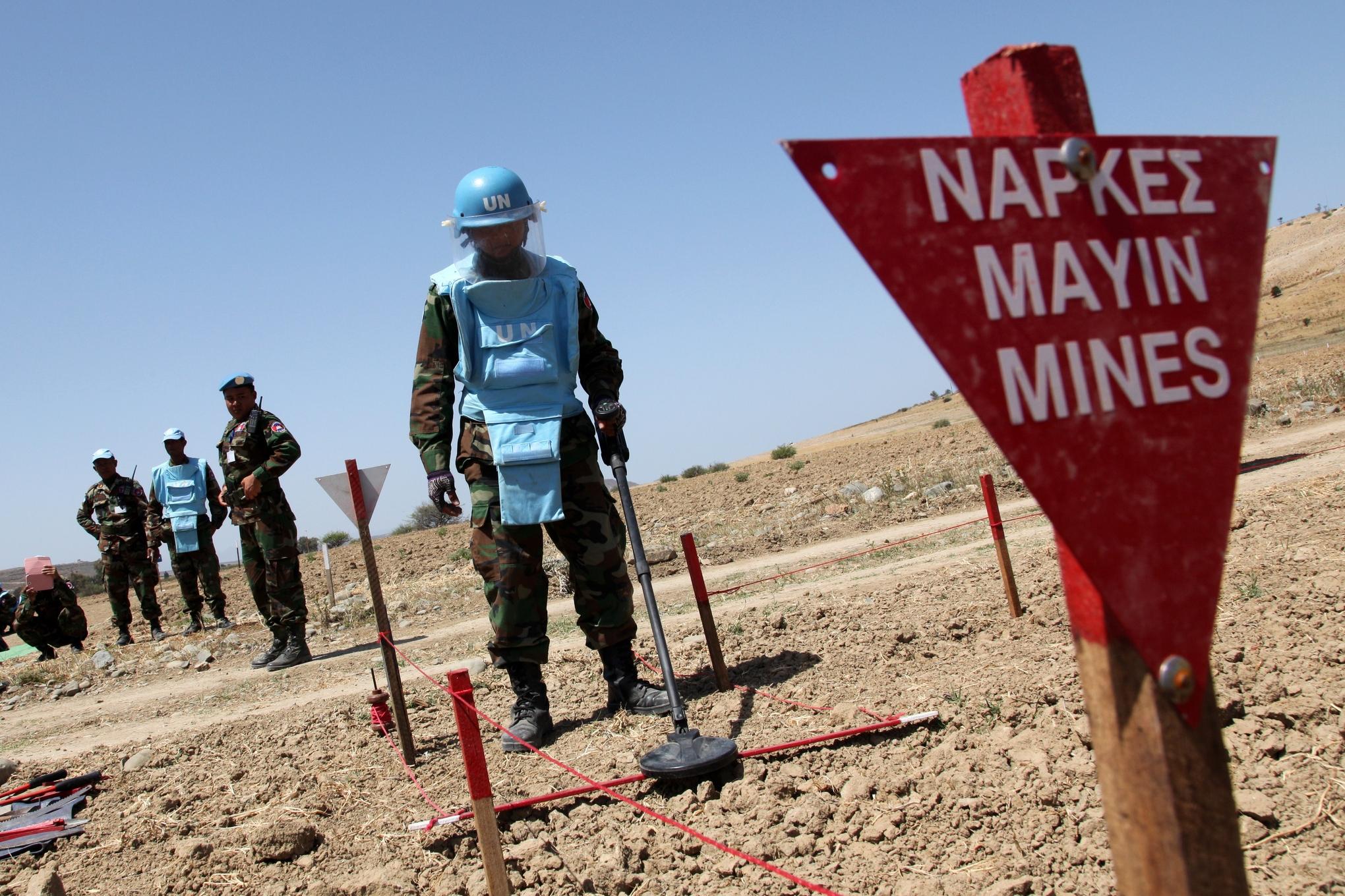 Landmines_2_barbara_laborde_afp_getty_images
