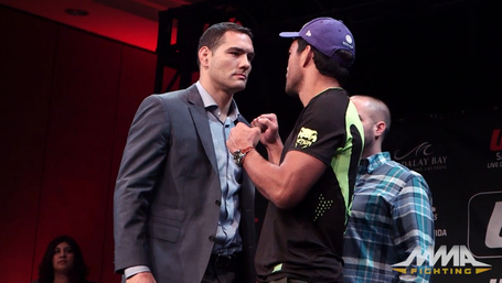 Weidman_machida_medium