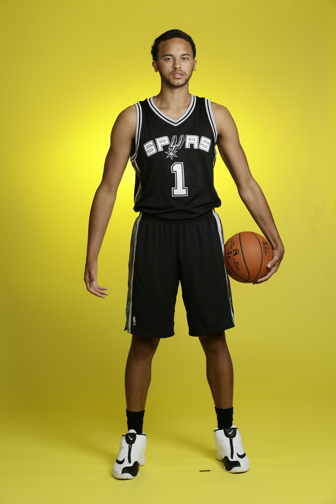 Kyle-anderson-nba-rookie-day-13