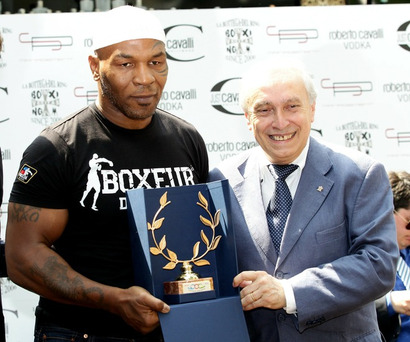 078701ff7f7398ff18c9997cb3d4198e-getty-102488130vz021_mike_tyson_p