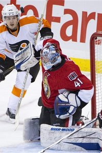76853_flyers_senators_hockey