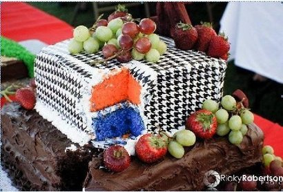 Houndstooth-orange-and-blue-cake