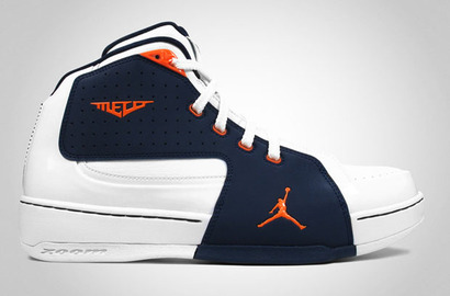 Jordan-melo-m6-white-orange-blaze-midnight-navy-1