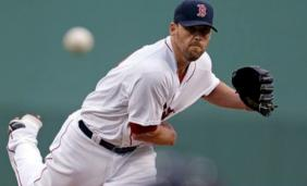 Boston-red-sox-john-lackey-32714_medium