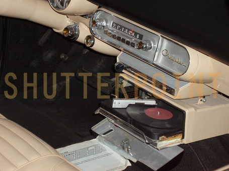 796823-automobile-record-player_view_medium