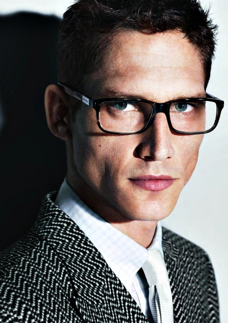 Giorgio-armani-eyewear-for-men-spring-summer-2013-ad-campaign-glamour-boys-inc-02_medium