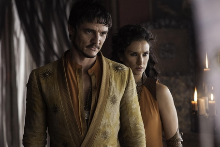 Pedro-pascal-as-oberyn-martell-indira-varma-as-ellaria-sand_photo-helen-sloan_hbo_medium