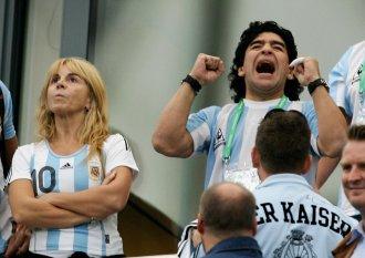 Maradona_celeb_medium