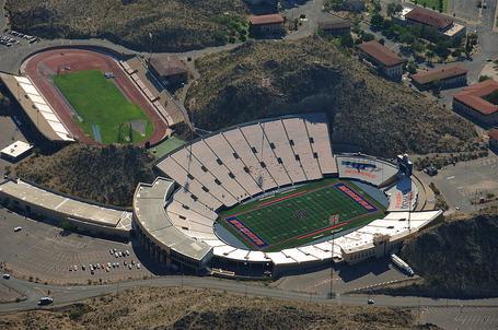 800px-utep_sun_bowl_stadium_aerial_view_sept_6_2009_medium