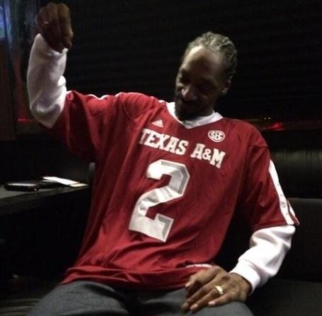 Snoop-dogg-johnny-manziel-jersey_medium
