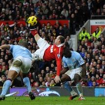 Rooney_overhead_kick