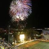 War_memorial_stadium_fireworks