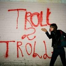 Troll2troll