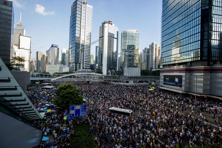 Protesters block off downtown Hong Kong (XAUME OLLEROS/AFP/Getty)