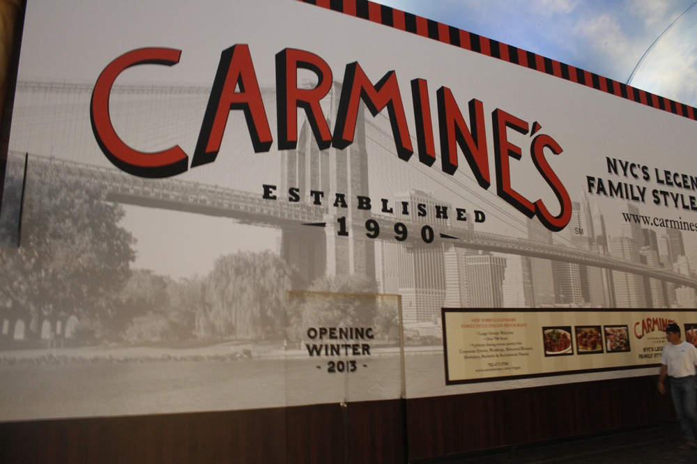 Carmines_Chelsea%20McManus.JPG