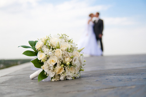 Wedding-Chicago-Venues-Flowers-Cakes-Churches-Chicago.jpg
