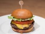 05232012-207622-best-burgers-in-las-vegas-holsteins-1-thumb-500xauto-244375.jpg