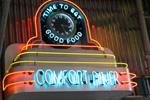 2011_%20comfort_diner_returns.jpg