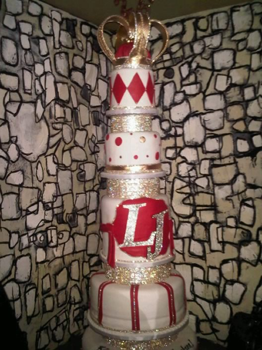 Lebron James Birthday Cake Is The King Of All Cakes Eater
