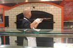 2011_tagliare_pizza1.jpg