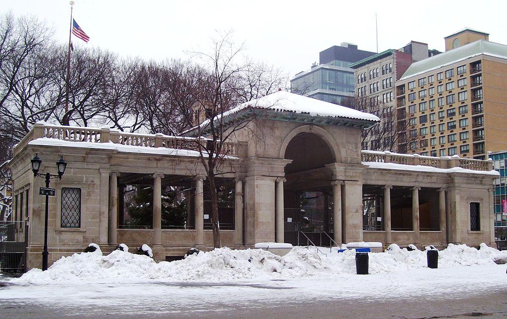 1221024px-Union_Square_Park_pavilion.jpg