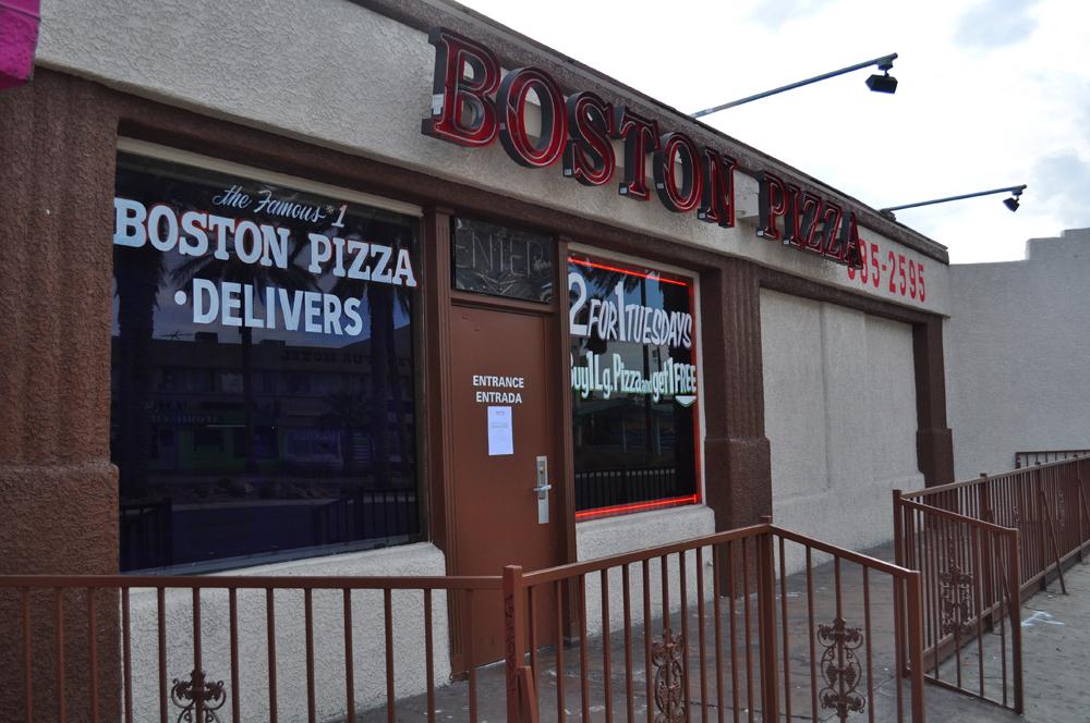 Boston%20Pizza%2012-23-2013%204.jpg