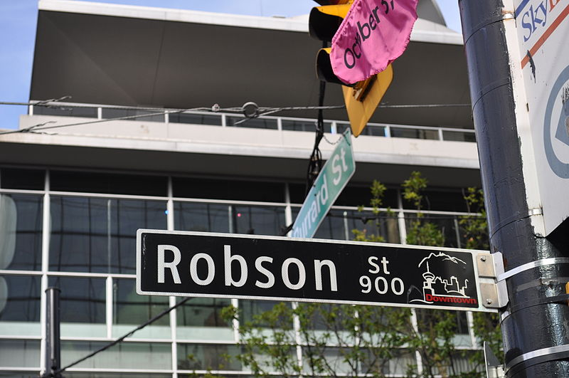 800px-Vancouver_-_Robson_street_sign[1].jpg