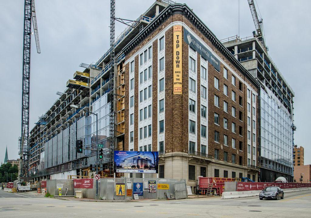 construction_marriott.jpg