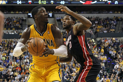 Roy Hibbert, Pacers close strong to defeat LeBron James, Heat as East's top seed becomes clearer