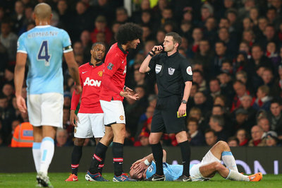Marouane Fellaini explains elbowing Pablo Zabaleta in the face