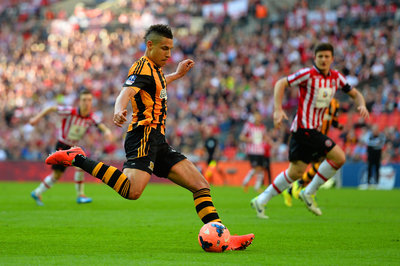 Competition to sign Jake Livermore heats up