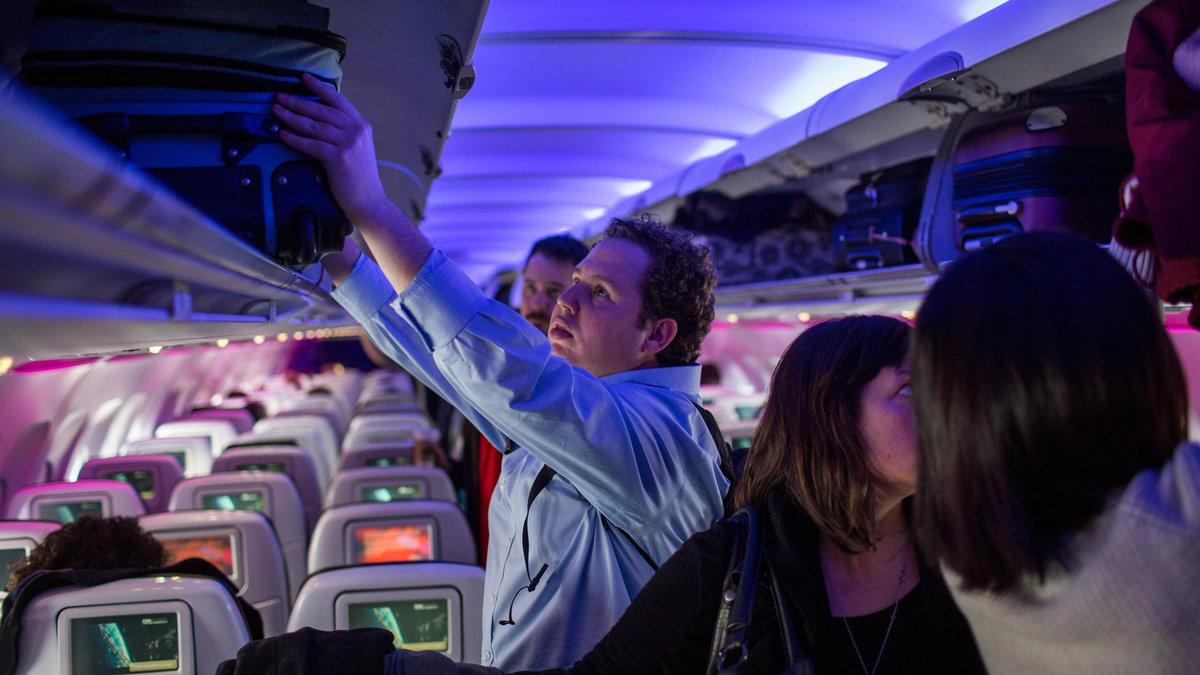 The way we board airplanes makes absolutely no sense