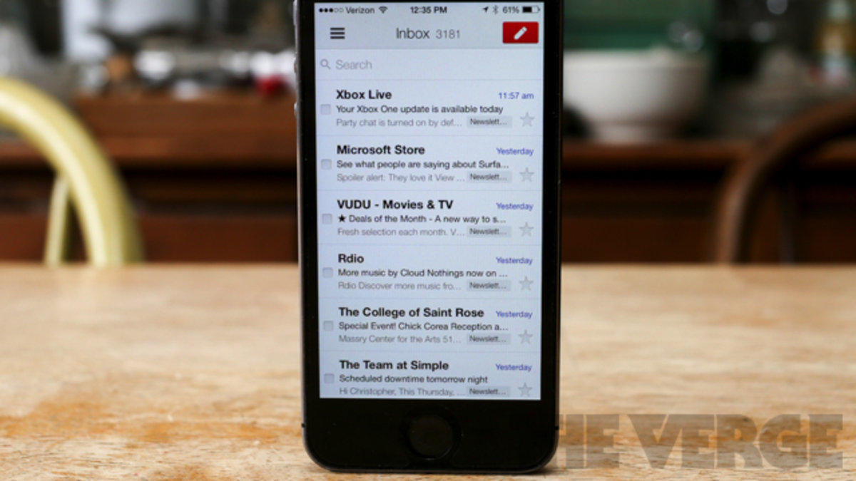 Google integrates Drive features into its mobile Gmail apps