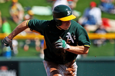 Craig Gentry placed on disabled list with broken hand; Billy Burns called up