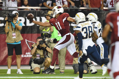Larry Fitzgerald's knee limited him vs. Chargers