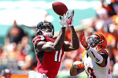 Julio Jones Limps To Sidelines, Injury Unclear