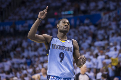 Tony Allen takes his turn as Vocal Leader in Training Camp