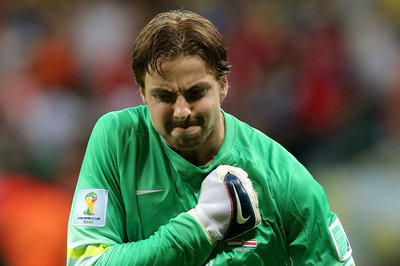 Tim Krul hurt; Murphy's Law is real