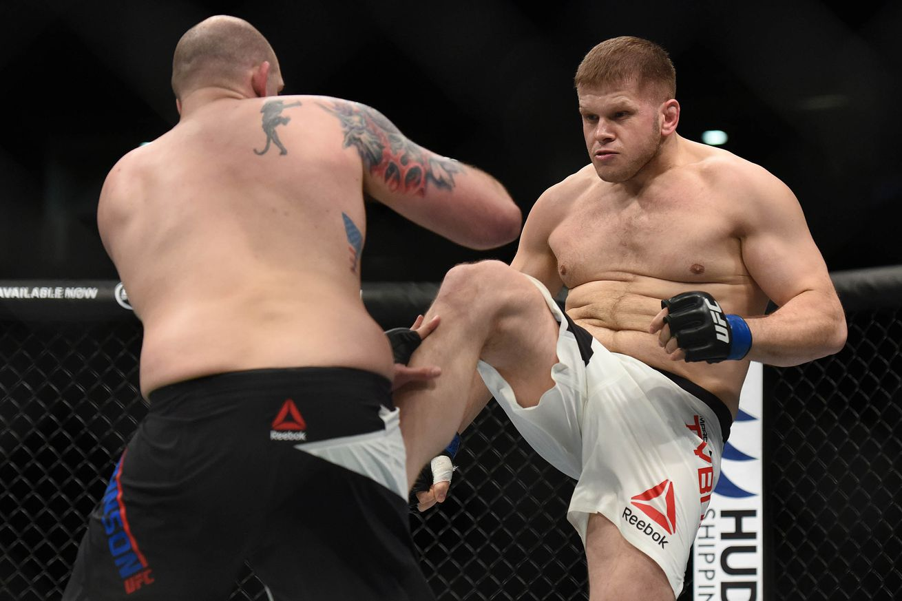 Walkoff! Watch Marcin Tybura knockout Viktor Pesta at UFC Fight Night 92 with head kick