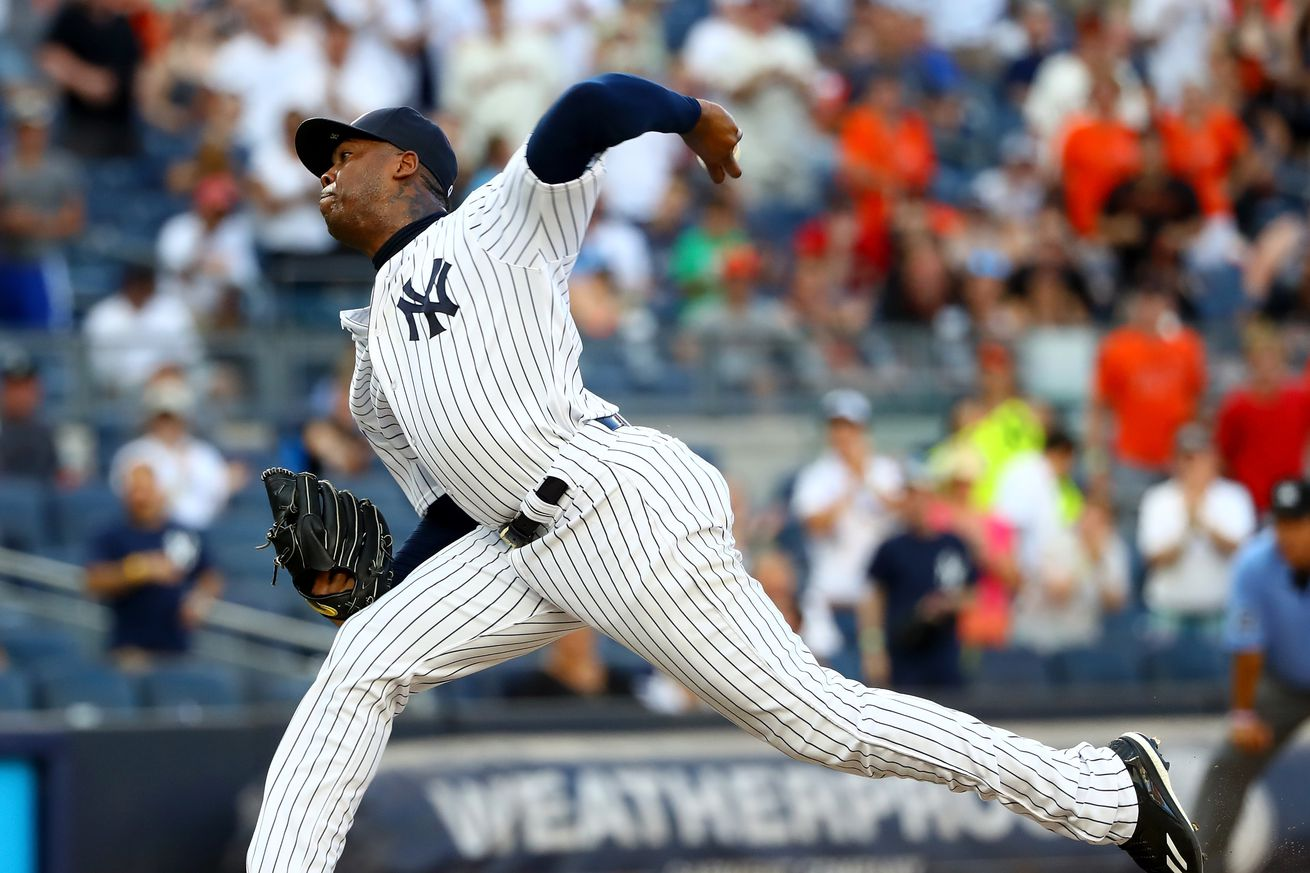 Cubs nearing deal for Yanks' Chapman