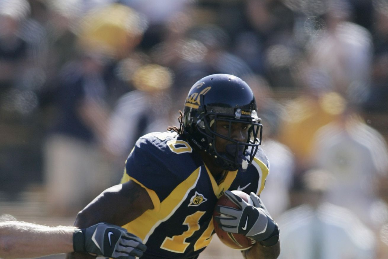 Marshawn Lynch serving as scout RB for Cal