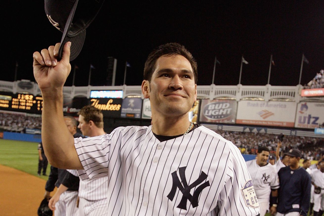 This day in yankees history johnny damon explodes for six for Domon boxing day