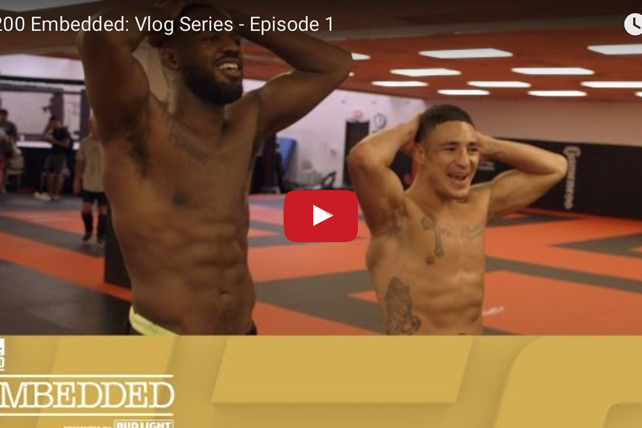 UFC 200 Embedded video, Ep. 1: Meatballs, burgers, and tacos    oh my!