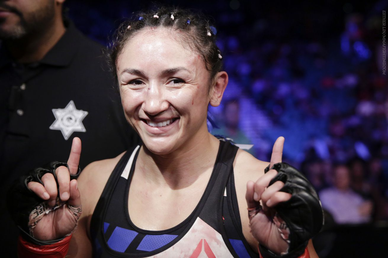 UFC 197 results: Carla Esparza grinds way to decision over Julianna Lima