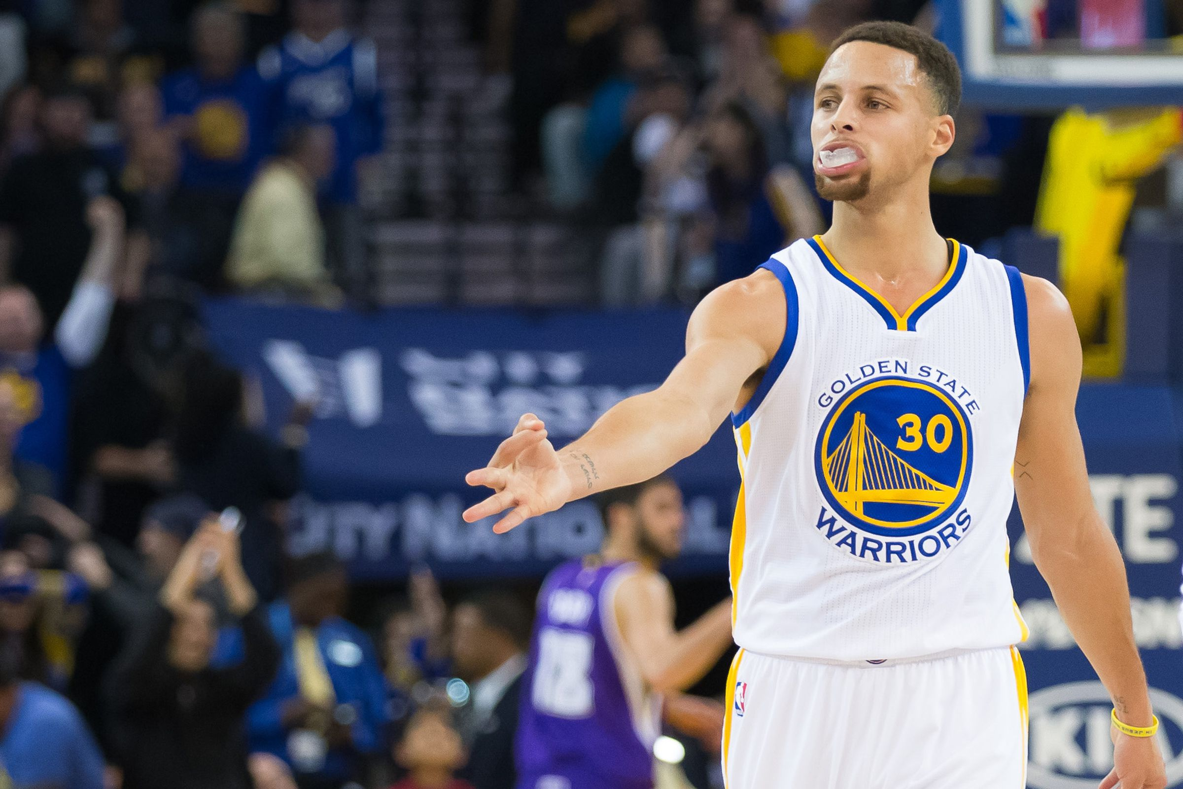 Steph Curry hurting basketball? Mark Jackson's comment draws criticism from Andrew Bogut