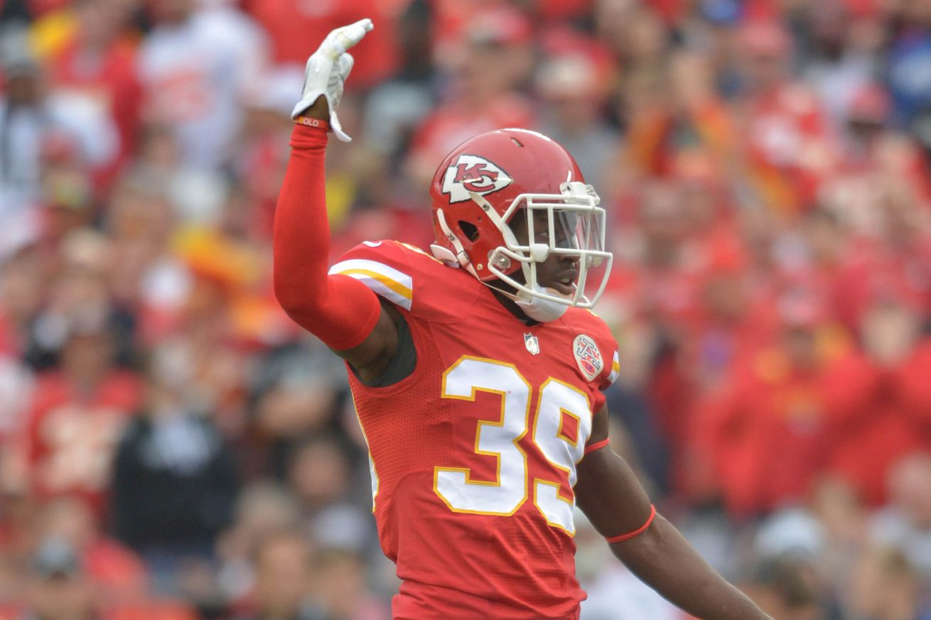 Husain Abdullah Retires to Care for His 'Personal Health'