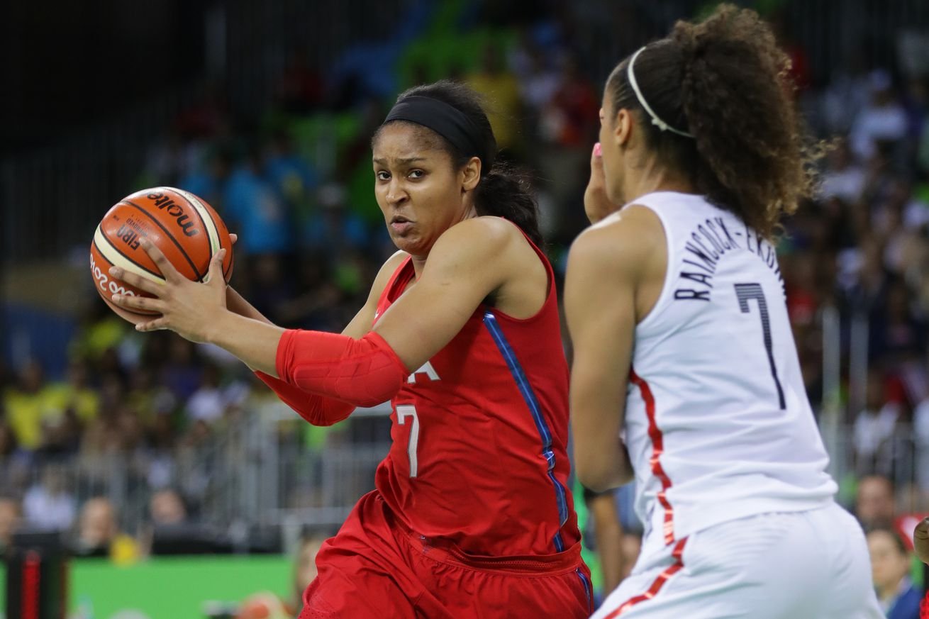 Sue Bird & US rout Canada to clinch Group B
