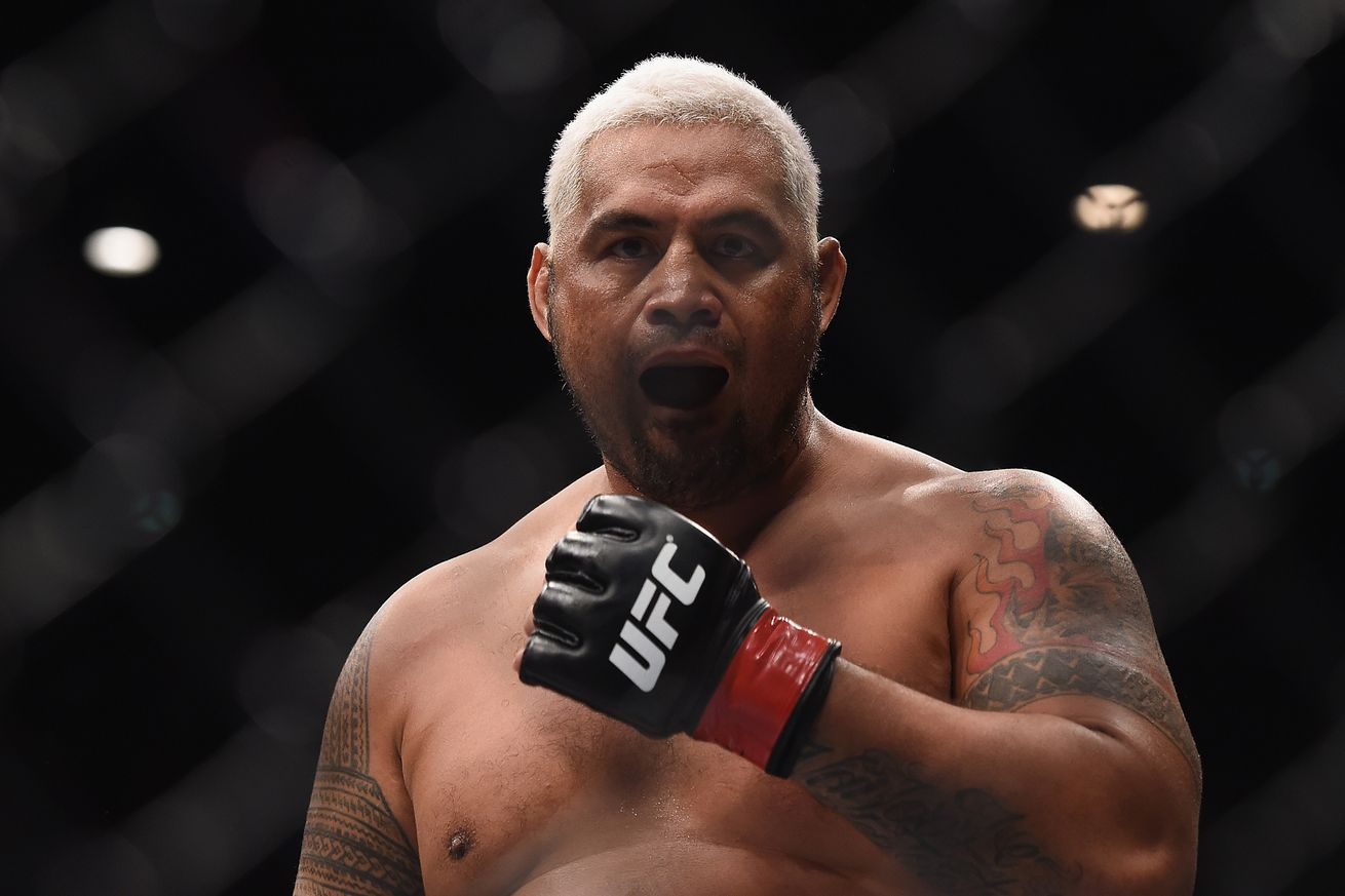 community news, Mark Hunt inks six fight UFC deal worth millions, eyes heavyweight title shot