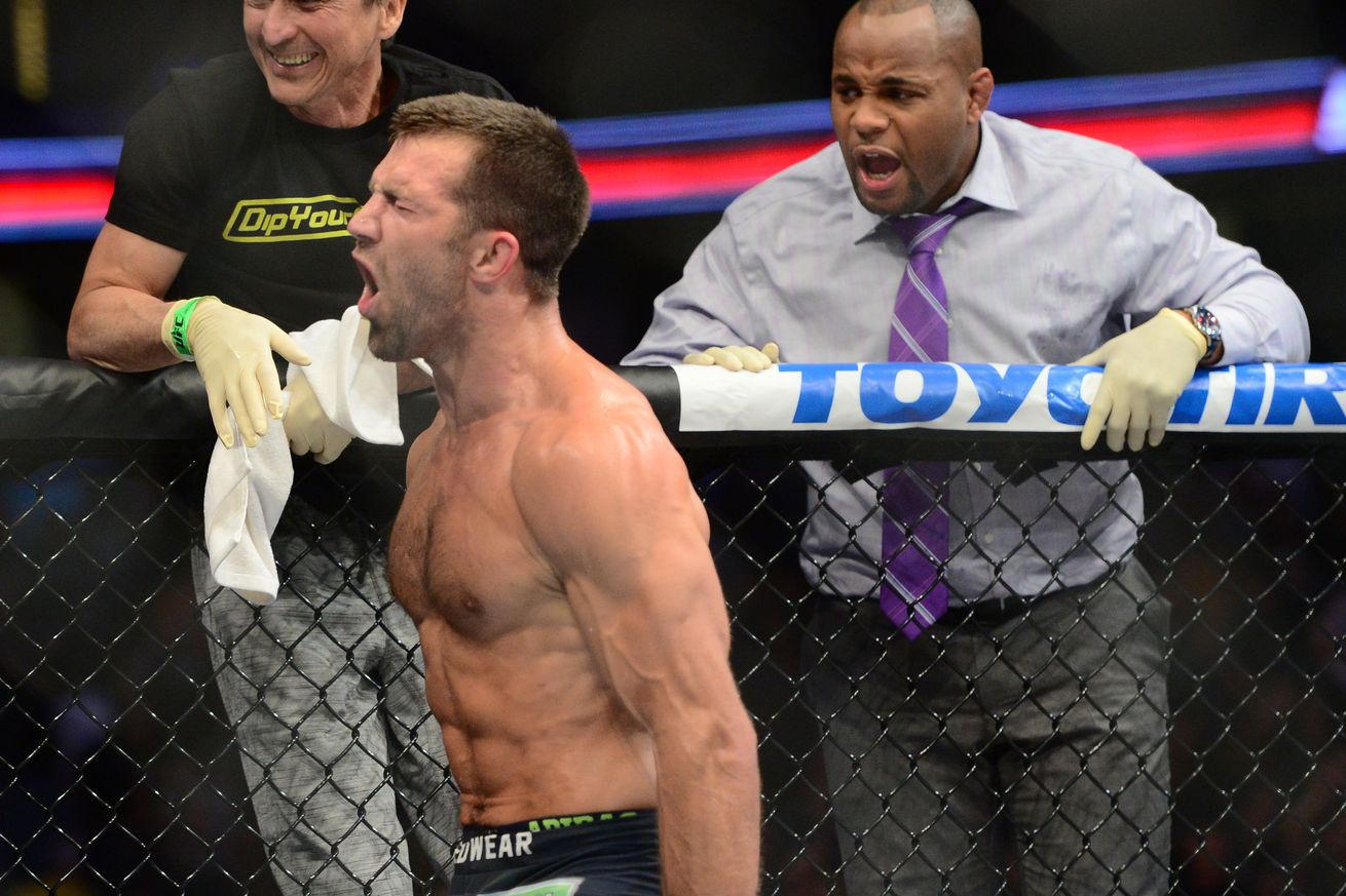 rockholds single guys I gave a legitimate analyse with references to guys like jack slack as   anderson got smashed every single time weidman took the fight to the.