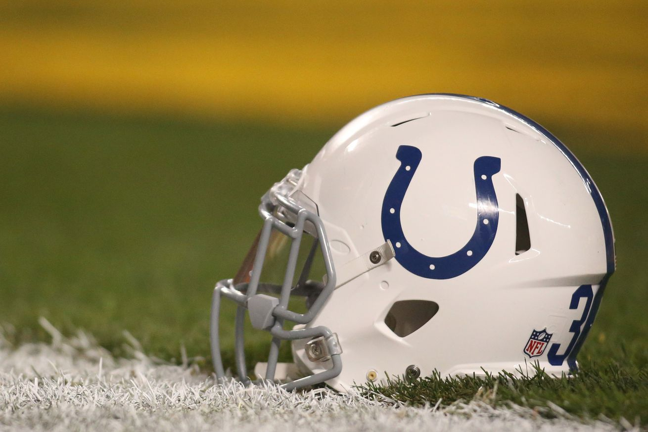 Colts sign tight end Nick Truesdell, waive Mike Miller